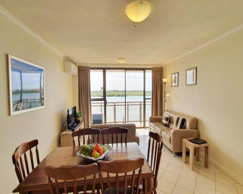 maroochydore-trafalgar-apartments-economy-retouched-new (11)