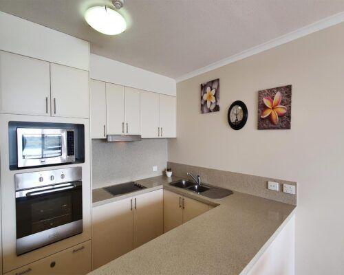 maroochydore-trafalgar-apartments-economy-retouched-new (7)