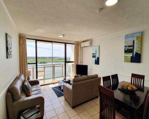 maroochydore-trafalgar-apartments-standard-6c (4)