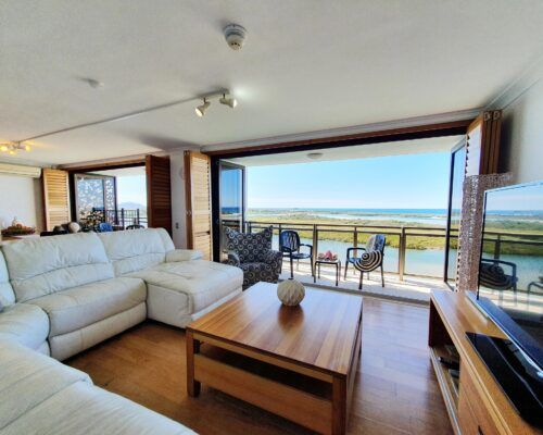 maroochydore-trafalgar-towers-apartments-penthouse-(11)