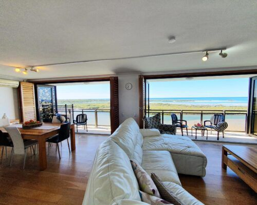 maroochydore-trafalgar-towers-apartments-penthouse-(12)