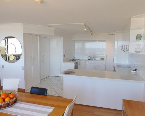 maroochydore-trafalgar-towers-apartments-penthouse-(13)