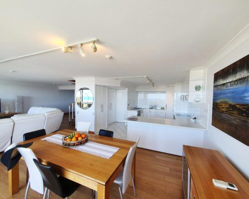 maroochydore-trafalgar-towers-apartments-penthouse-(14)