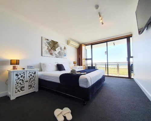 maroochydore-trafalgar-towers-apartments-penthouse-(18)