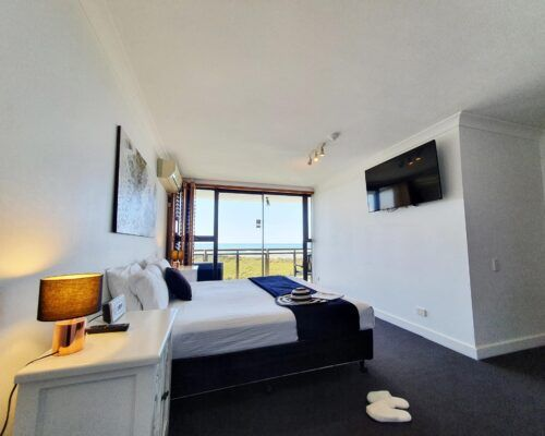 maroochydore-trafalgar-towers-apartments-penthouse-(19)