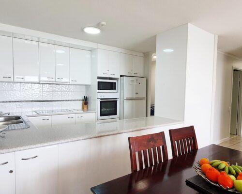 maroochydore-trafalgar-towers-apartments-standard-low-quality (1)